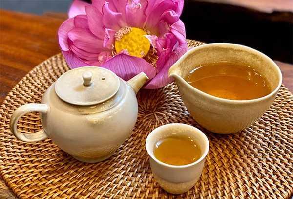 Caffeine in Vietnamese lotus tea has benefits for health