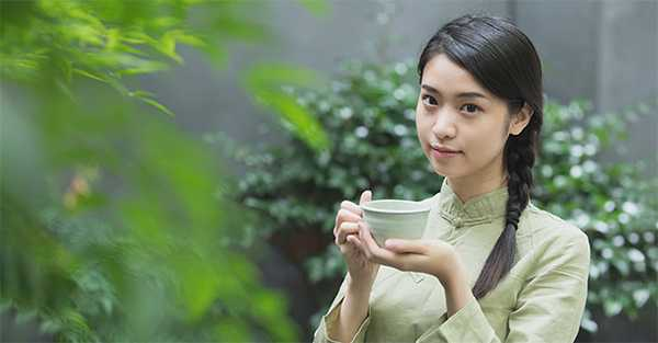 Drinking lotus-scented tea regularly is good for health