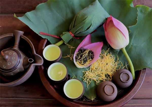 The Vietnamese lotus tea has many benefits for health